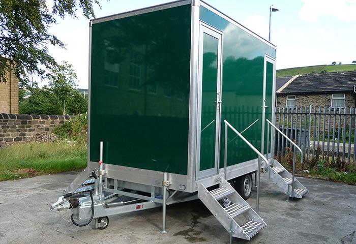 EasyTow Mobile Toilet